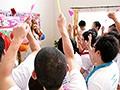 SSNI-030 三上悠亜ファン感謝祭 国民的アイドル×一般ユーザー20人'ガチファンとSEX解禁'ハメまくりスペシャル